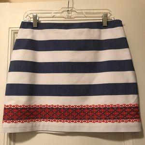 Vineyard Vines Skirt Size 4